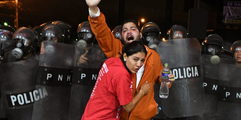 Popular fury over election fraud in Honduras